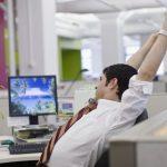 Trois choses que vous devriez faire au bureau que vous ne faites pas