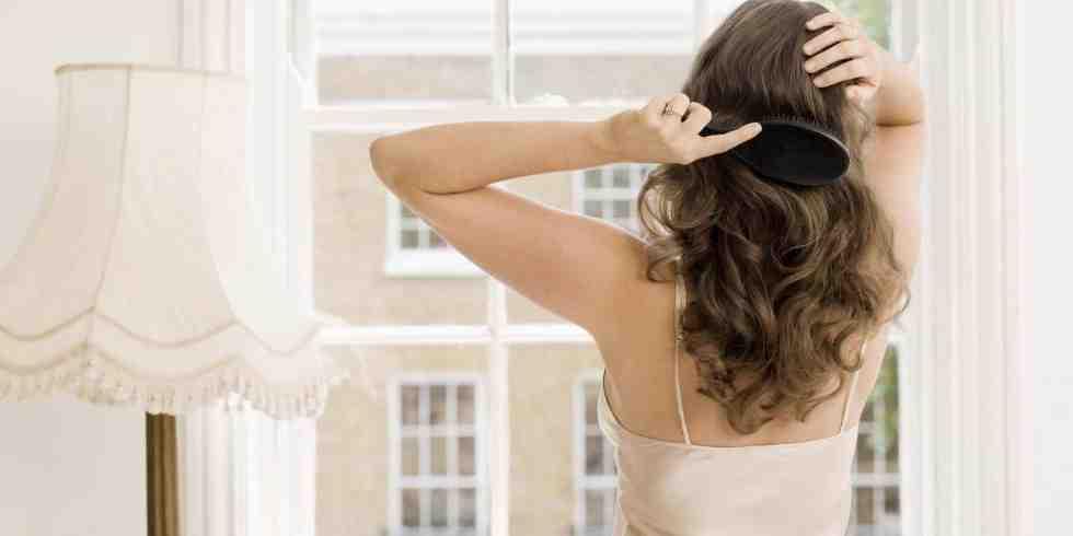 Comment faire repousser les cheveux chez la femme ?